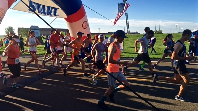 whitewater-half-marathon-2016-start